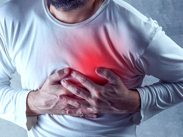HOW TO SURVIVE A HEART ATTACK OR DIFFICULT BREATHING WHEN ALONE – MUST READ
