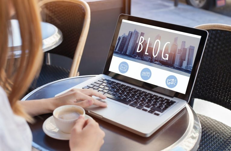 How to Start a Blog From Scratch and the Secrets of Being a Successful Blogger